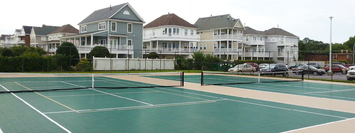 Commercial tennis courts